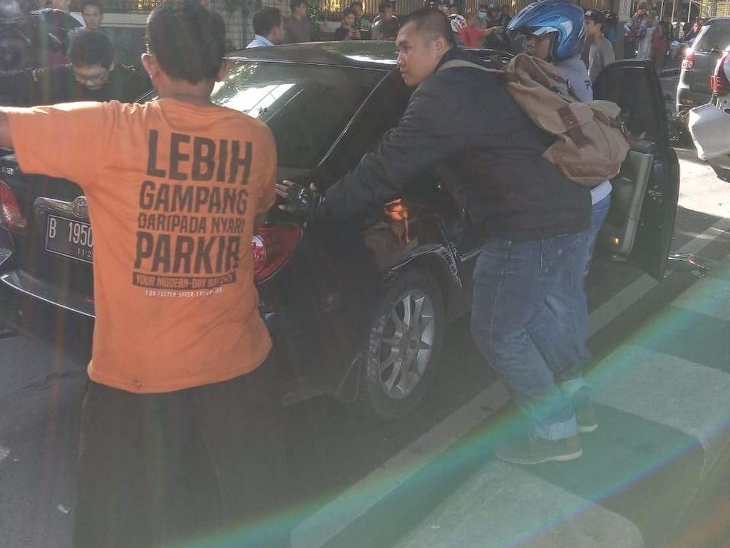 3 Orang Terluka dalam Kecelakaan Beruntun di Antasari Jaksel