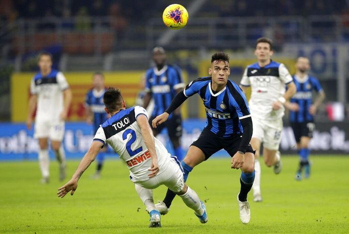 Inter Milan sudah mati-matian untuk memenangi pertandingan melawan Atalanta, tapi tetap gagal. (Foto: Luca Bruno / AP Photo)