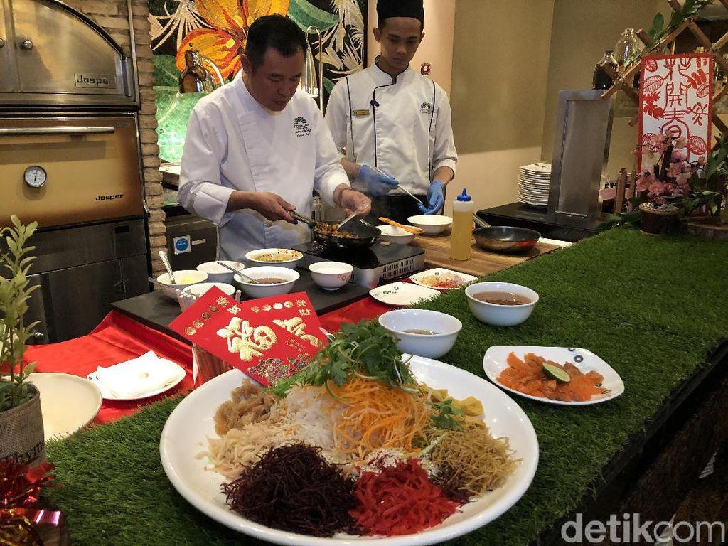 Sambut Imlek, The Trans Luxury Hotel Sajikan Menu Yu Sheng