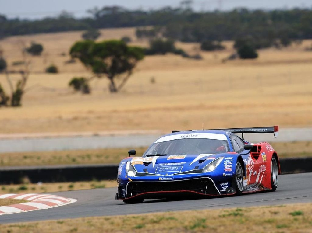 Rio Haryanto Cs Finish ke-4 di Asian Le Mans Series Australia