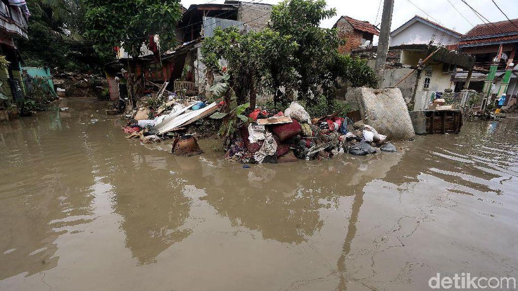 Kondisi Pascabanjir di Jati Rasa Bekasi Masih Mengenaskan