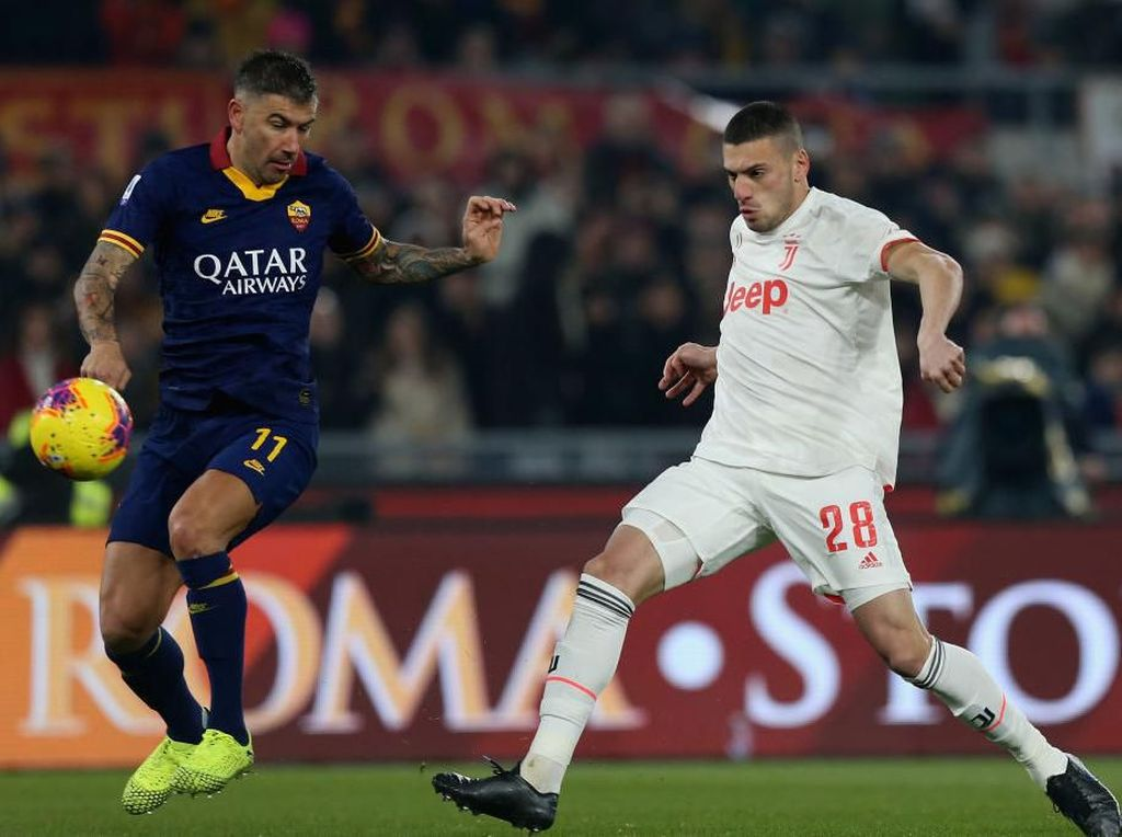 Laga Berjalan Keras, Juventus Ungguli Roma 2-0 di Babak Pertama