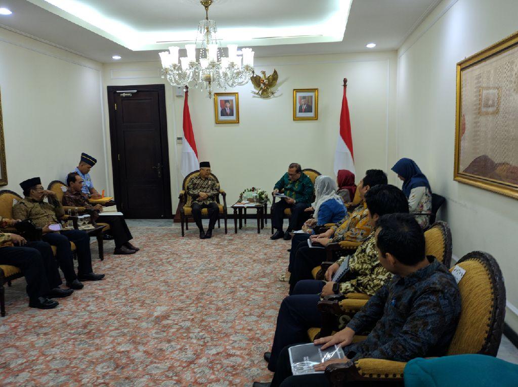 Temui Maruf, Indonesia Halal Lifestyle Center Bahas Hotel Bintang 7