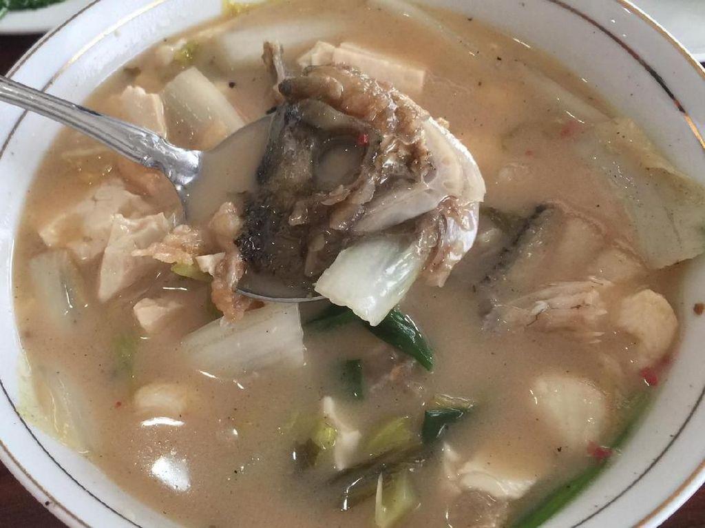 Resep Pembaca : Sup Gurame Tahu Sayur Asin