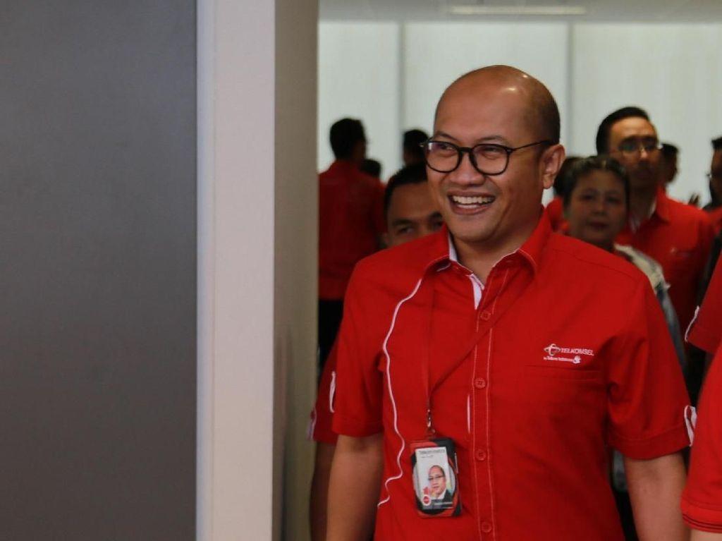 Setyanto Hantoro Punya PR Besar Bikin Telkomsel Lebih Profit
