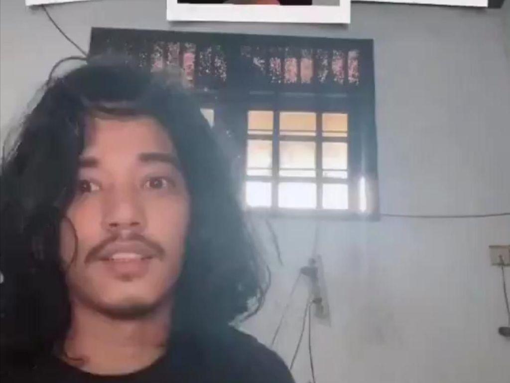 Pria Ini Ngaku Bikin Video Tiktok Sampai 2 Jam, Hasilnya Bikin Ngakak!