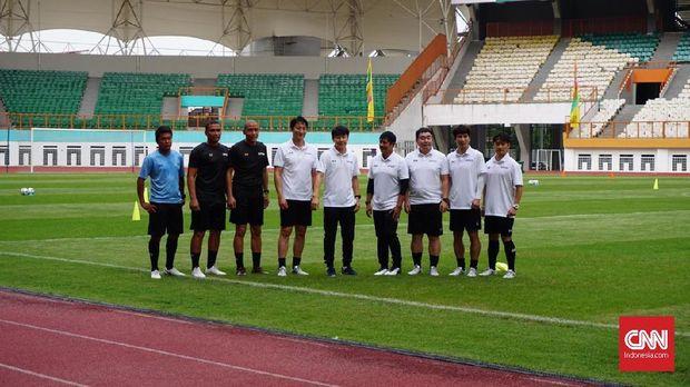 Staf pelatih Timnas Indonesia U-19. (