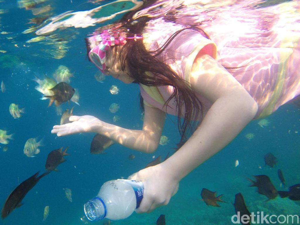 Pulau Karampuang di Mamuju, Surganya Wisata Air