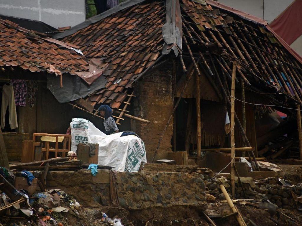 Perjuangan Korban Banjir-Longsor Lebak Menanti Jaminan Hidup