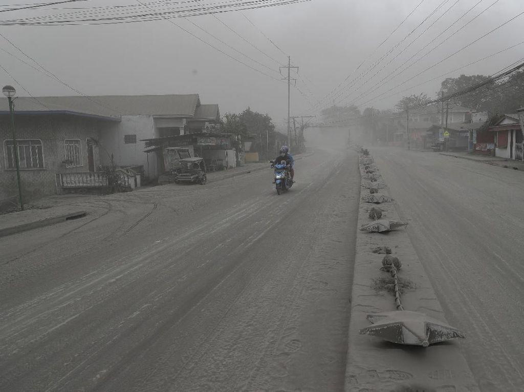 Penampakan Kota Tagaytay, Diselimuti Abu Vulkanik Gunung Taal