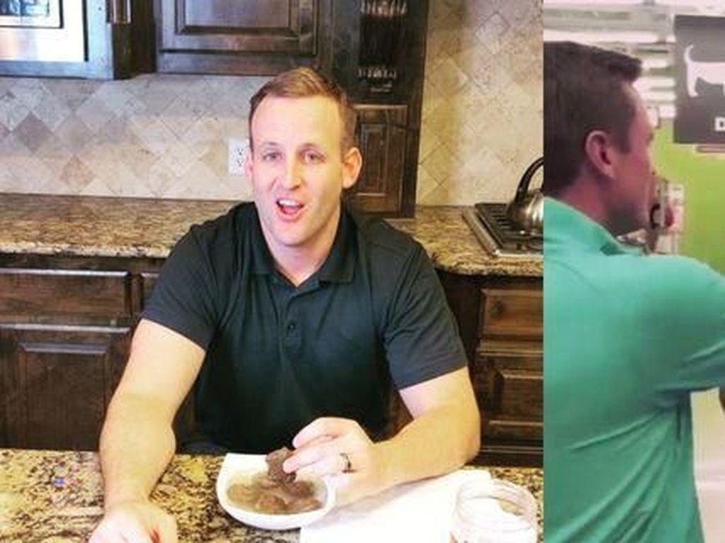Buktikan Produknya Sehat, Pria Ini Lahap Makanan Anjing Buatannya