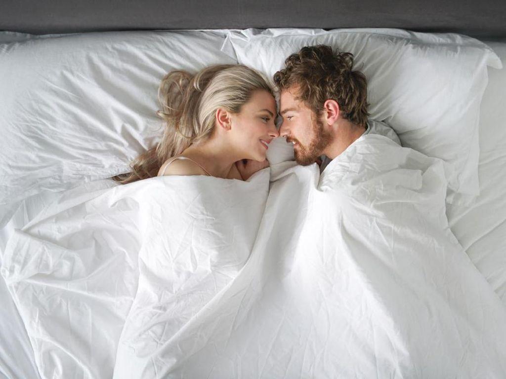 4 Tips Atasi Grogi Saat Akan Menjalani Seks Malam Pertama