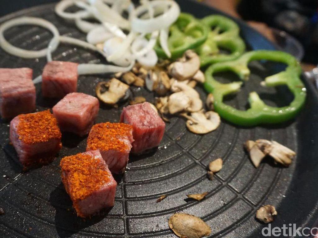 5 Tempat Makan Saikoro Panggang yang Lumer di Lidah