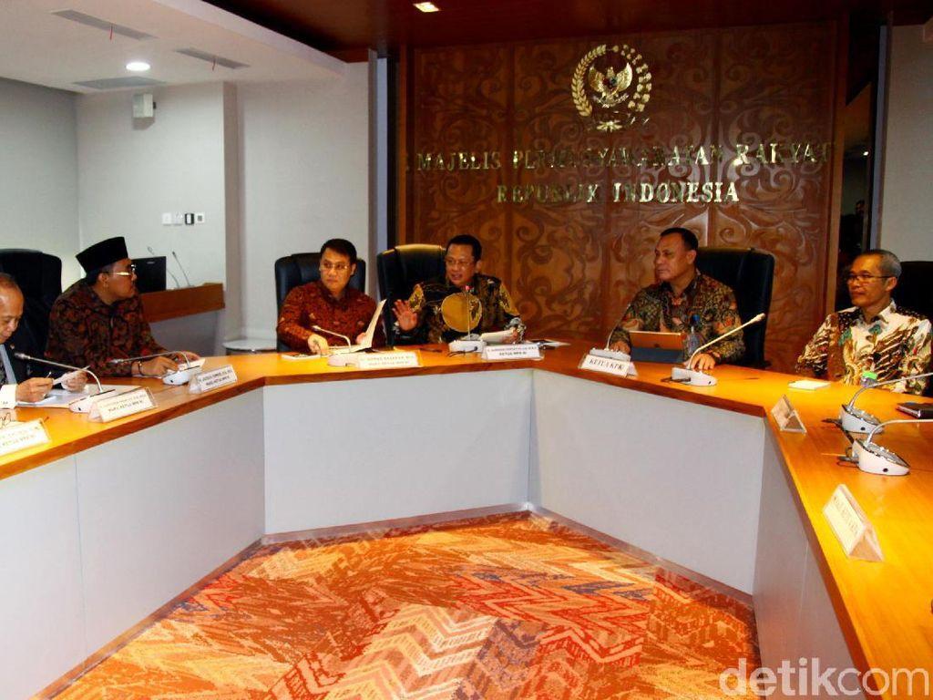Harun Masiku Kabur ke Luar Negeri, KPK Minta Bantuan Polri