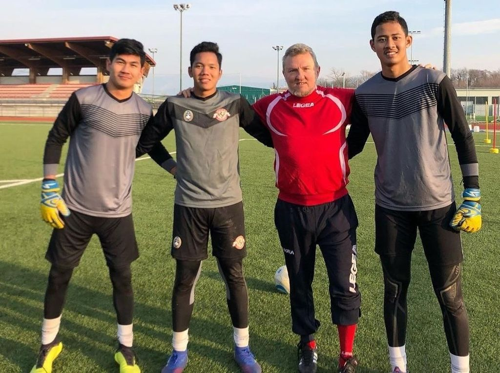 Sebelum Lawan Juventus U-17, Kiper Garuda Select Diasah Pelatih Como