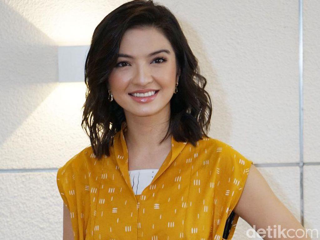 Sering Eksis di Acara Hollywood, Raline Shah Selalu Kenalkan Seni Indonesia