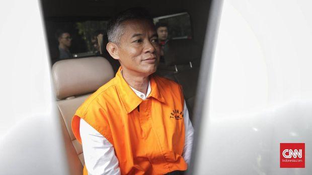 Komisioner KPU Wahyu Setiawan jadi tersangka suap usai meminta uang untuk meloloskan Harun Masiku ke DPR.