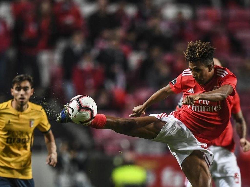 Tottenham Resmi Datangkan Gedson Fernandes