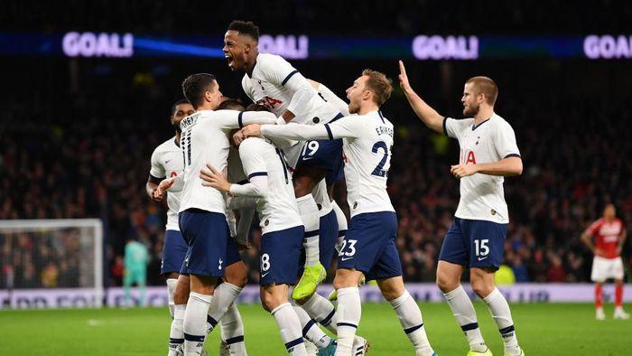 Tottenham Hotspur berhasil mengalahkan Middlesbrough 2-1 (Foto: Justin Setterfield/Getty Images)