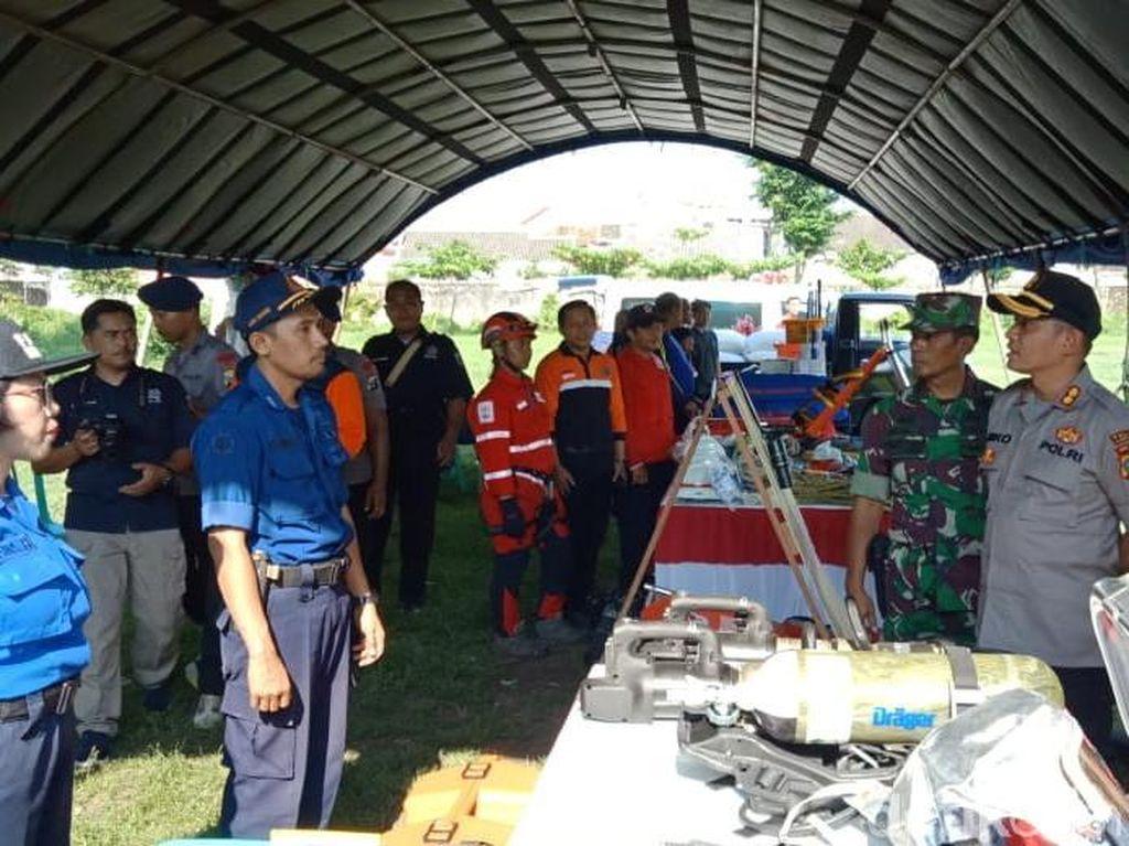 Siaga Bencana Alam, Polisi Kediri Kota dan Petugas Gabungan Cek Peralatan