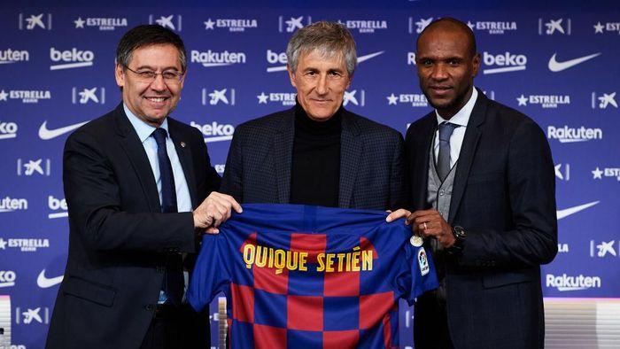 Quique Setien tak menyangka bisa menangani Barcelona. (Foto: Alex Caparros/Getty Images)
