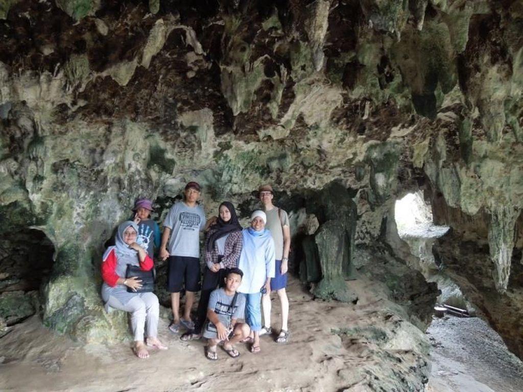 Foto: Menjelajahi Cagar Alam Keren di Pangandaran