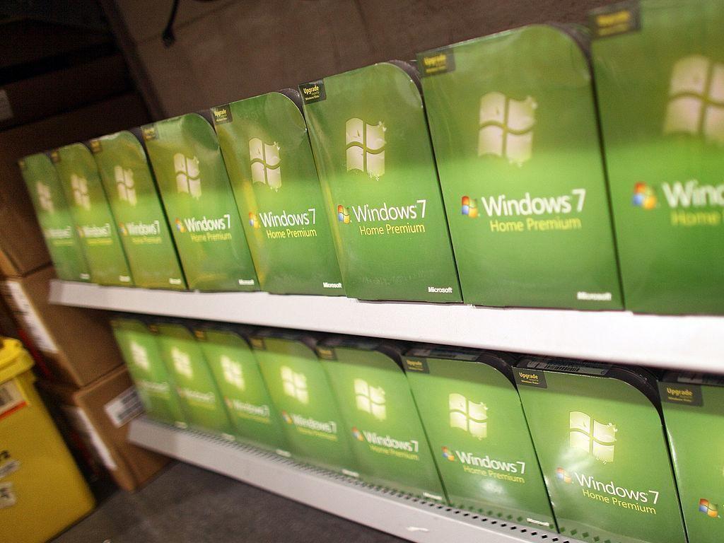 Pengguna Windows 7 Mengeluh Tidak Bisa Matikan Komputer