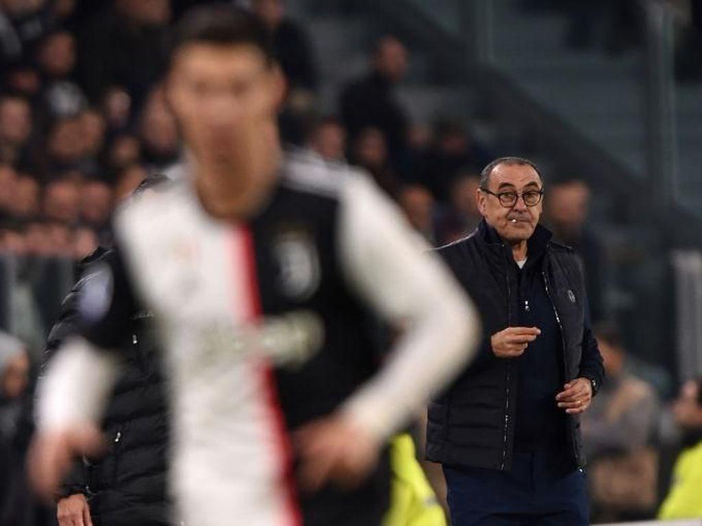 Sarri Ingin Bantu Ronaldo Raih Ballon dOr Keenam