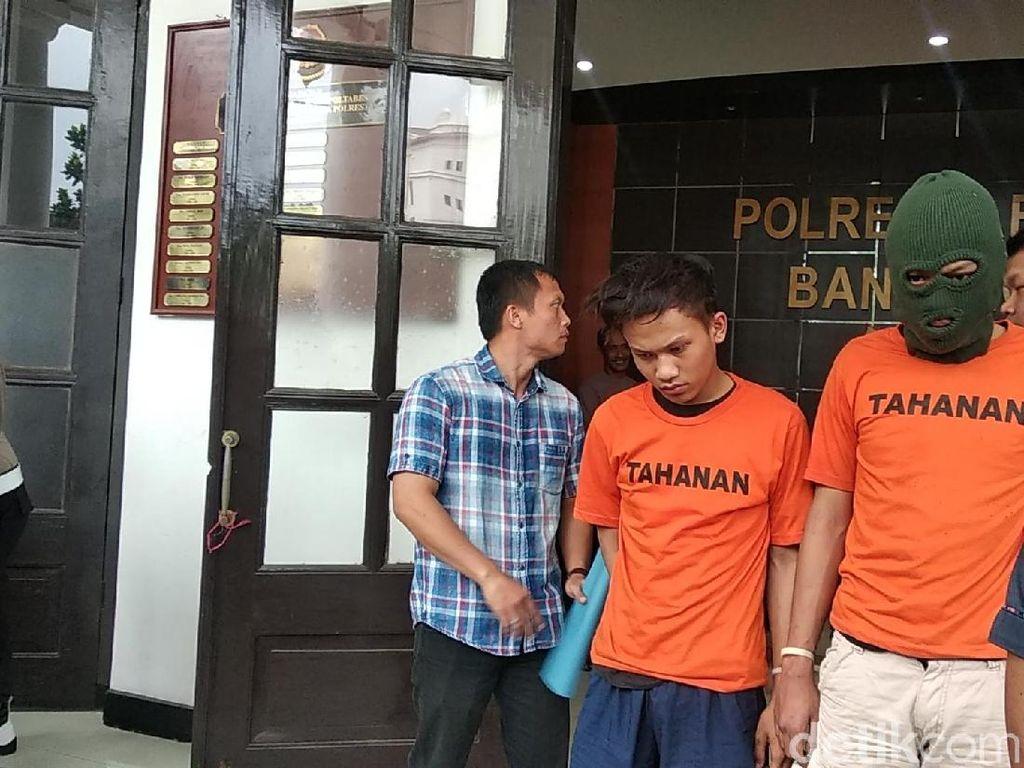 Ini Tampang Pelaku Pembacokan Brutal di Bandung