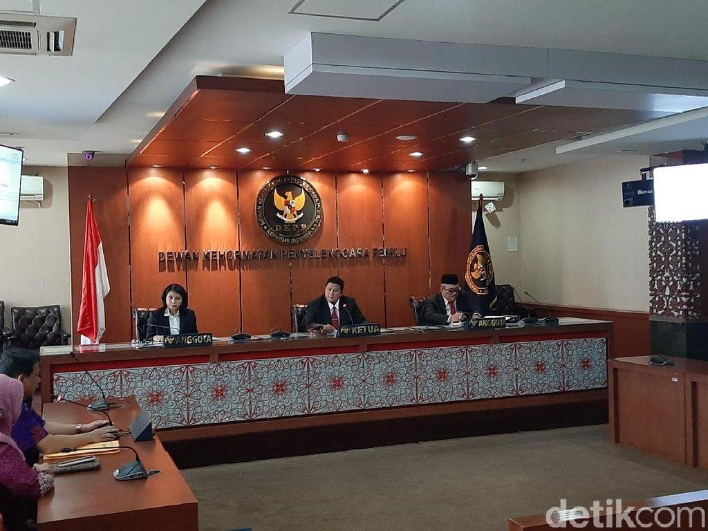 Copot Wahyu Setiawan dari Komisioner KPU, DKPP Surati Jokowi