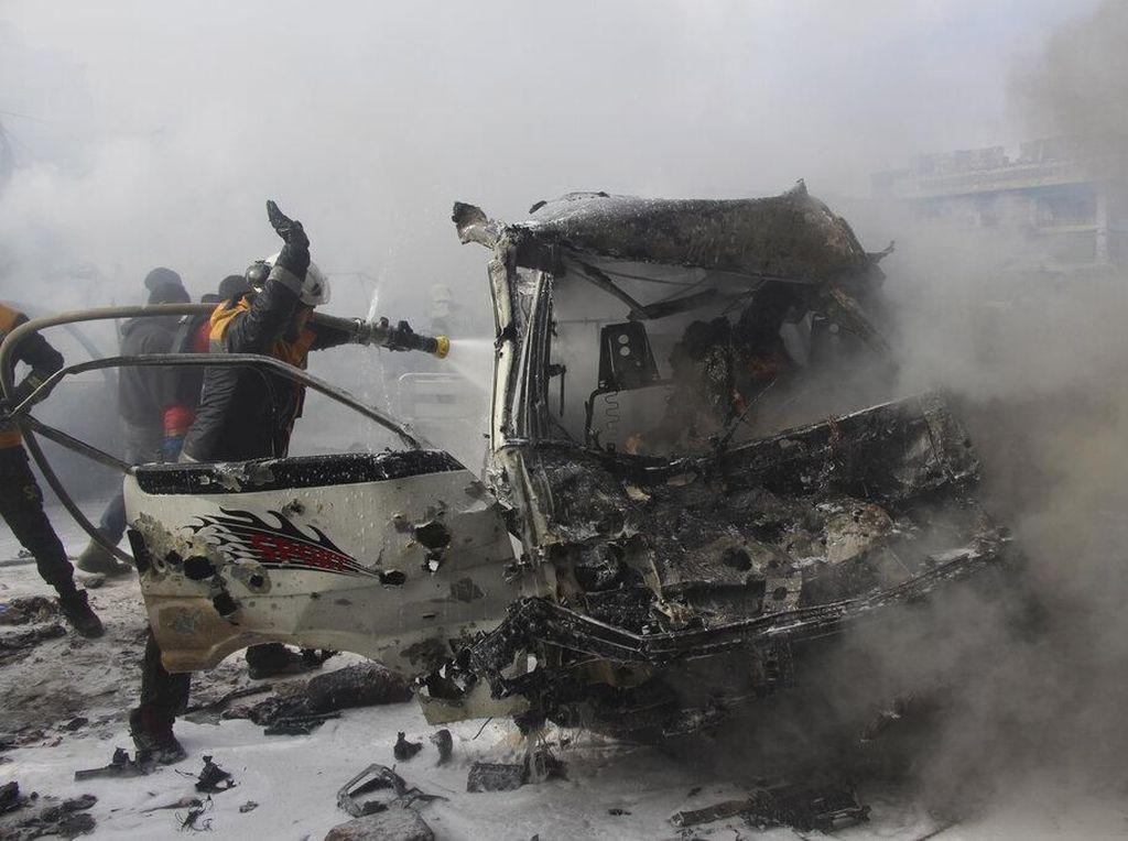 Detik-detik Helikopter Ditembak Jatuh Pemberontak Suriah