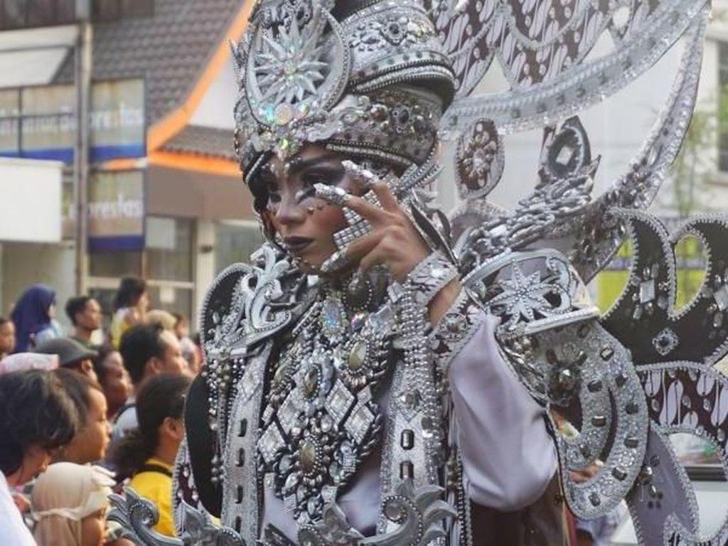 Intip Lagi Karnaval Solo yang Ikonik