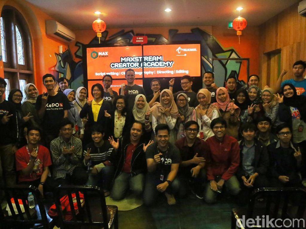 Telkomsel Ajak Anak Muda Gabung di MAXstream Creator Academy