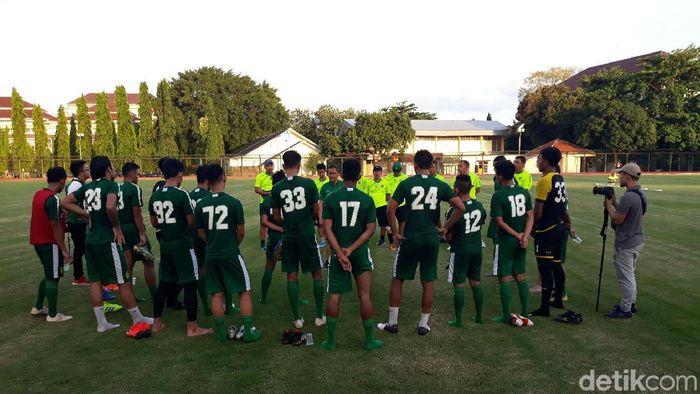 Beberapa pemain masih belum gabung latihan Persebaya Surabaya pada training camp di Yogyakarta. (Foto: Pradito Rida Pertana/detikcom)