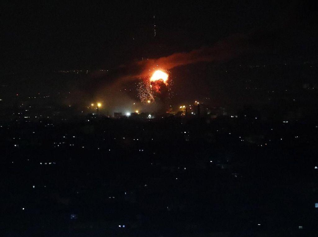 Potret Serangan Udara Israel di Jalur Gaza