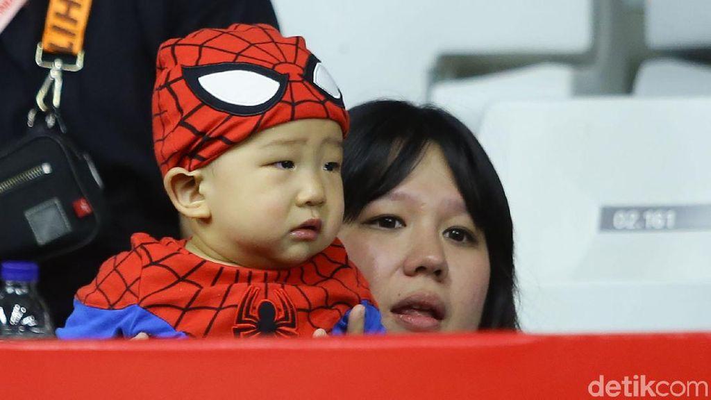 Lucu! Saat Anak Marcus Gideon Pakai Baju Spiderman