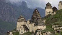 Alkisah, Masuk Kuburan di Kota Orang Mati Takkan Bisa Kembali