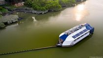 Robot Pemulung Selamatkan Sungai Malaysia dari Pencemaran