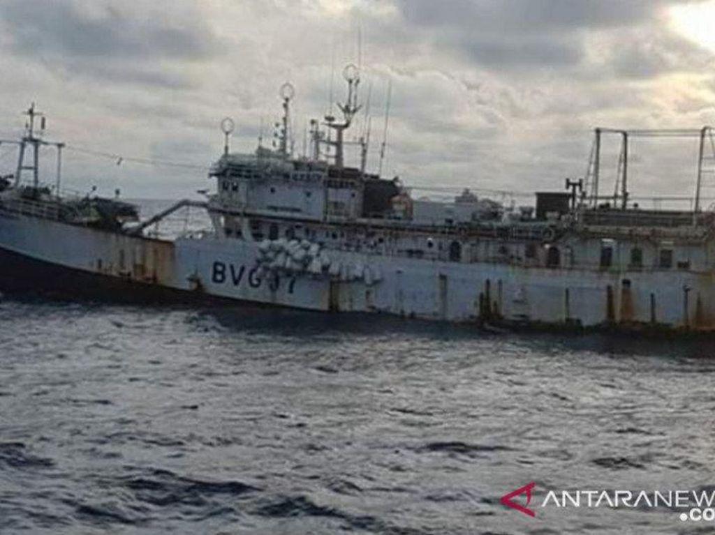 Kapal Maling Ikan Asal China Fu Yuan Yu 831 Tenggelam di Kupang