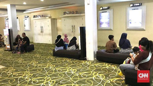 Puluhan Kilometer Cari Kepuasan Sinematik di Bioskop Daerah