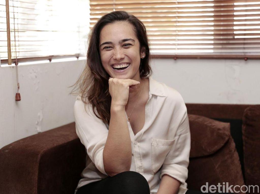 Alexandra Gottardo Kuras Tenaga untuk Tora Sudiro di Mangga Muda