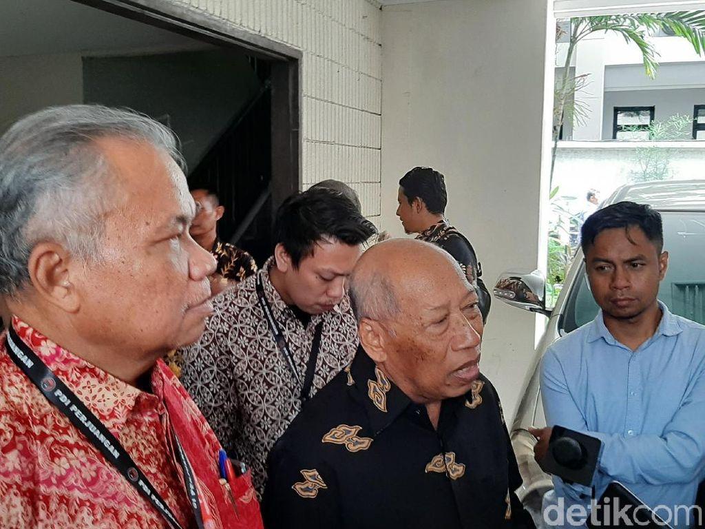 Ke Dewan Pers, Tim Hukum PDIP Mengadu Merasa Dipojokkan Pemberitaan