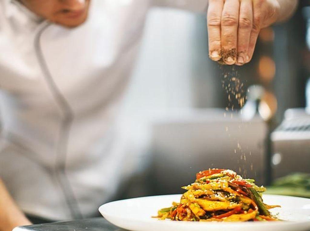5 Trik Tak Sehat Ini Dipakai Restoran untuk Hasilkan Makanan Enak