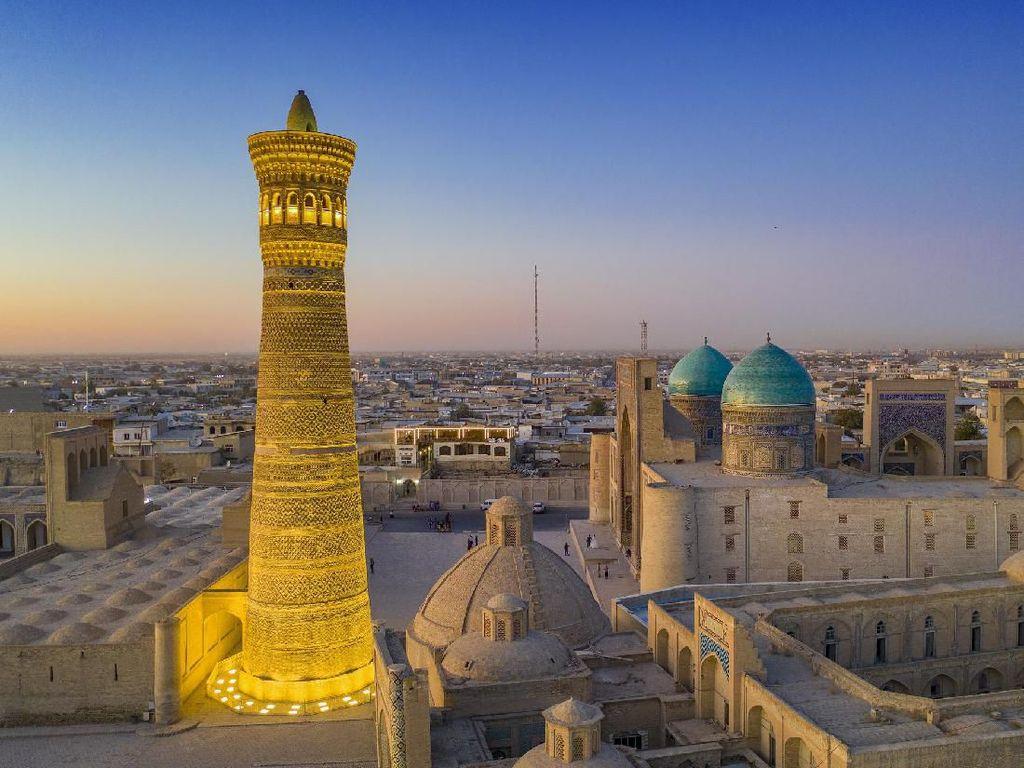 Iming-iming Uzbekistan untuk Turis: Subsidi Rp 42 Juta, andai...