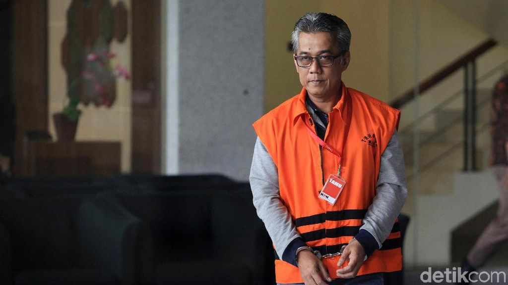 Wempy Triyono Diperiksa Terkait Kasus Suap Bupati Indramayu