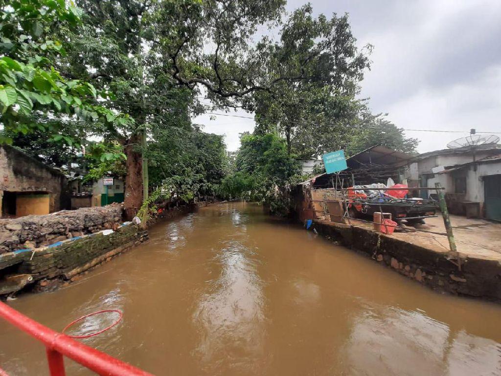 Warga Cipinang Melayu Jaktim Keluhkan Alat Peringatan Banjir Tak Berfungsi