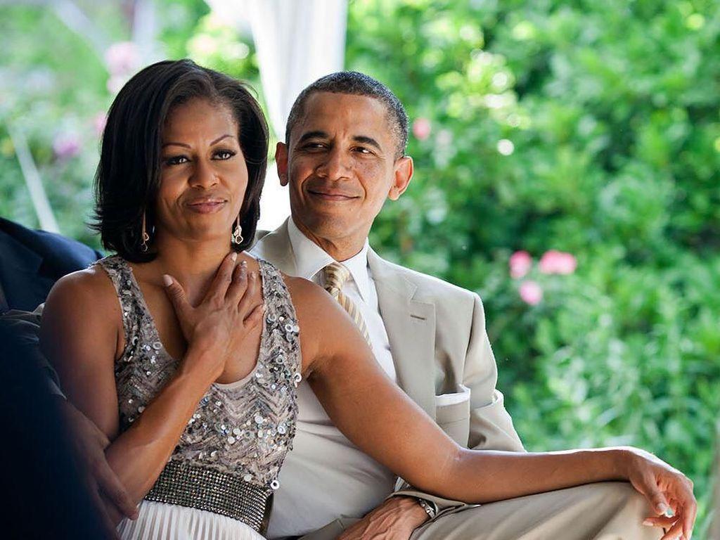 Nikmati Libur, Obama dan Istri Asyik Main Kayak di Hawaii