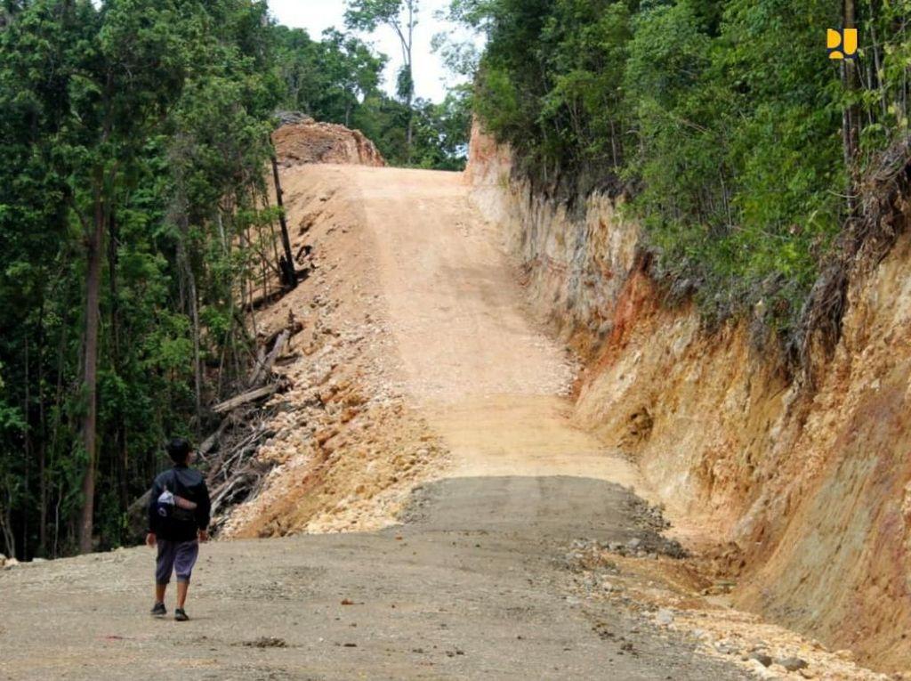 Jalan Lingkar Raja Ampat 342 Km Dibangun Nih, Intip Yuk