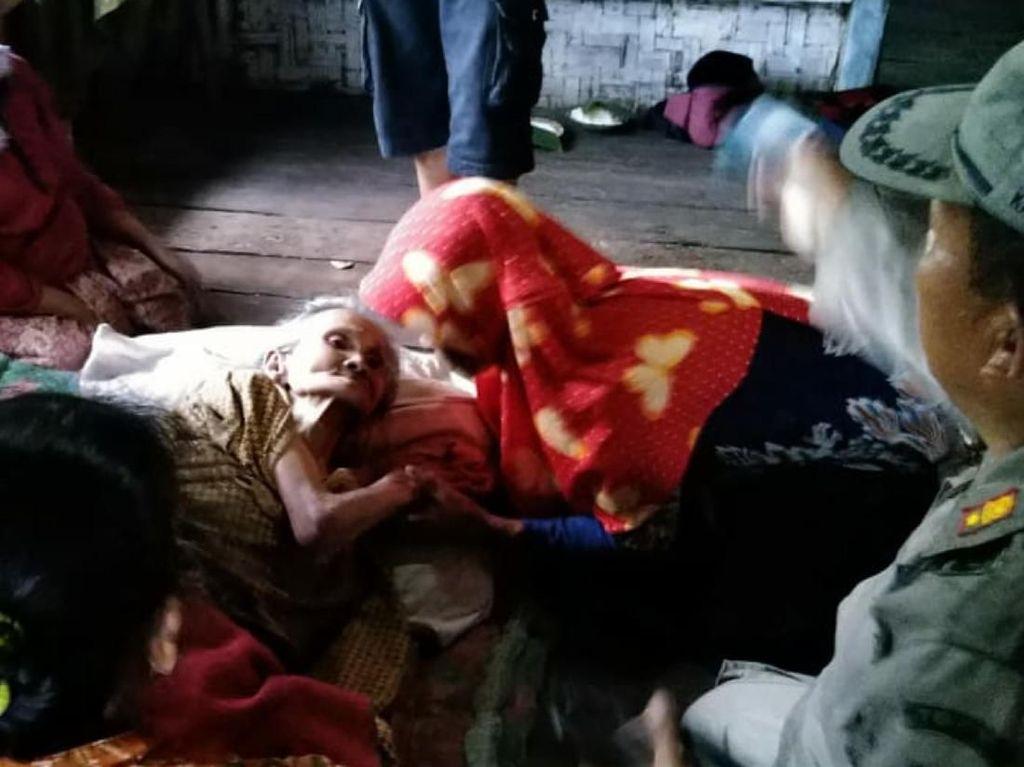 Ditemani Gadis Baju Merah, Nenek Renta Lewati Hutan Terjal dan Tebing