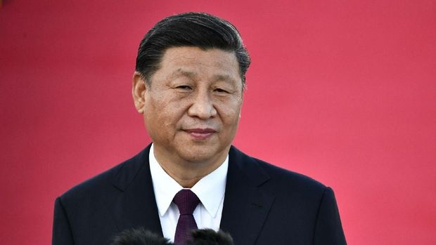 Presiden Tiongkok Xi Jinping tiba di Bandara Internasional Makau di Makau pada 18 Desember 2019, menjelang peringatan 20 tahun perpindahannya dari Tiongkok ke Tiongkok.  Presiden China Xi Jinping telah tiba di Makau pada 18 Desember saat dia bersiap untuk menandai peringatan 20 tahun kembalinya bekas jajahan Portugis.  (Anthony Wallace / AFP)